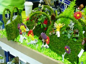 NWFGS - moss purse filled