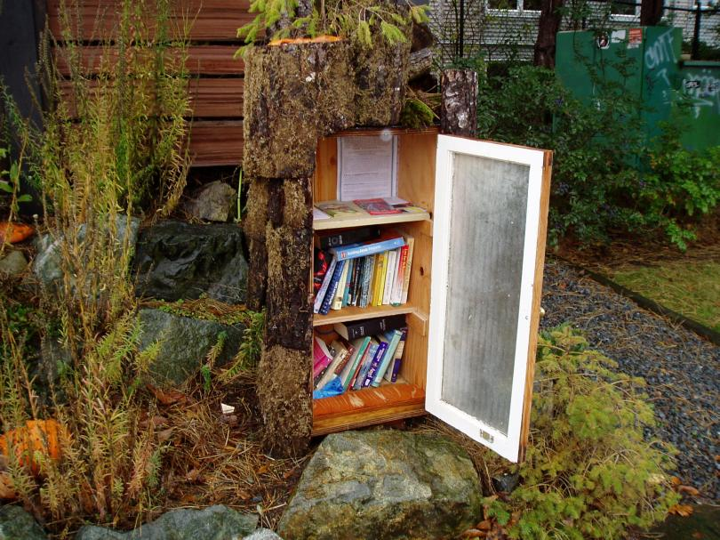front yard book exchange, street library, book sharing, book exchange, public art, little free library, take a book, public art, Victoria, Vancouver Island, BC, Pacific Northwest