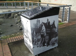 solar powered compactor 1